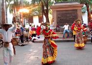 Baile caribeño en la calle en Cartagena