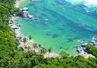 Vista aérea de una bahía en el Parque Nacional de Tayrona