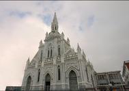 Fachada de la iglesia del Sagrado Corazón en Manizales, ciudad situada en el Eje Cafetero de Colombia