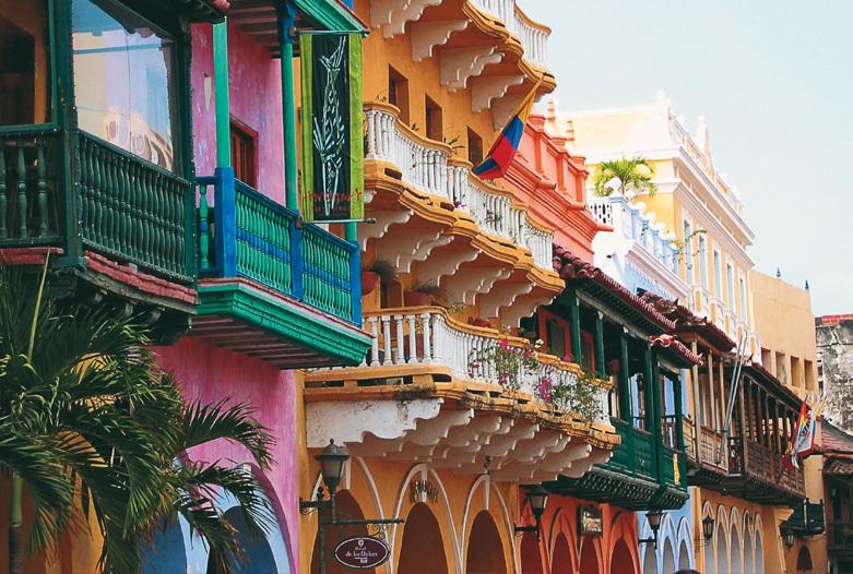 Viajes a Colombia | Fachadas en el Casco Antiguo, Cartagena