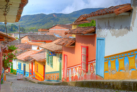 Viajes a Colombia | Casitas de Medellin