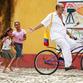 Viajes a Colombia | En bici por el Casco Antiguo, Cartagena