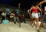 Fiesta en la playa de San Andrés