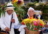 Silleteros en el desfile anual en Medellín